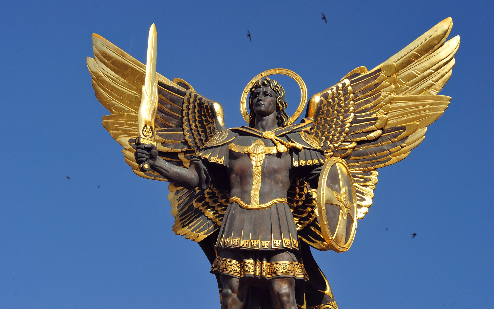 "Archangel Michael: ""I am protecting you"" – Videos"